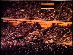 Gira 1990 - El Ultimo De La Fila - Estadi Olimpic (Barcelona) TøT㣠TRiKiÑ€Ro ® - - YouTube