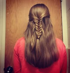 """51 Likes, 4 Comments - Willow and Heather (@thebraidedsisters) on Instagram: """"Simple fishtail half-updo . . . . #thebraidedsisters #longhair #fishtailbraid #halfup…"""""""