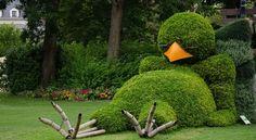Sleeping Bird Topiary @ Gardens in Nantes France