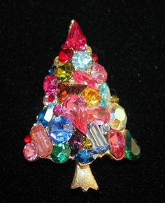 Weiss Vintage Christmas Tree Pin