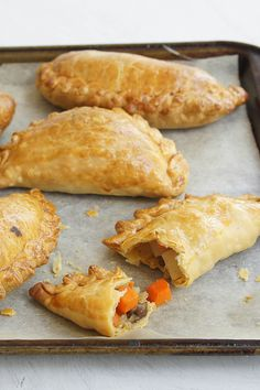 Cornish Pasties Hosting a party for the royal wedding this weekend? These Cornish Pasties will definitely impress. Pastry Recipes, Gourmet Recipes, Beef Recipes, Cooking Recipes, Savory Pastry, Savoury Baking, Australian Food, Australian Recipes, British Recipes