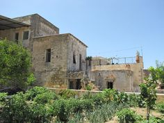 Old property for sale Crete, conveniently located just 150m from the square of a lovely unspoilt Cretan village is this large traditional property of 194,61m² situated, standing on own land of 175,66m², ready to be restored and become an amazing home...
