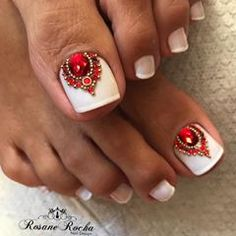 French pedicure toes rhinestones Ideas for 2019 Pretty Toe Nails, Cute Toe Nails, Glam Nails, Love Nails, Beauty Nails, French Pedicure, Pedicure Nail Art, Toe Nail Art, White Pedicure