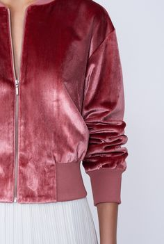 i love pink, I'm obsessed with velvet. i love pink, I'm obsessed with velvet. Mode Outfits, Fashion Outfits, Velvet Bomber Jacket, Sweatpants Outfit, Velvet Fashion, Inspiration Mode, Sewing Clothes, Sweater Jacket, Classy Outfits