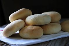 Pan amasado fácil Sandwiches, Hamburger, Bread, Food, Iphone, Recipes, Easy Food Recipes, Breads, Meals