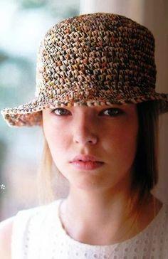 Su Crochet: gorros y sombreros para el sol Crochet Beanie Hat, Knit Or Crochet, Free Crochet, Diy Crafts Crochet, Hat Crafts, Fedora Hat, Beanie Hats, Sombrero A Crochet, Summer Hats