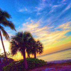 I never met a sunset I didn't like... #sunset #islandgirl #islandlife #sunsetporn #staysalty #beachy #pureflorida #saltwater #saltlife #mermaidlife #mermaid #island #beachgirl #paradise #lovesanibel #sanibelisland #captivaisland #sanibelstar #sanibelgirl #swfl #sanibel #captiva #bocagrande #naples #marcoisland #wildchild #oceanlove