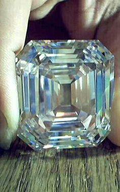 Jonker Diamond, 125 carats, it was the largest diamond cut from a 726 carat stone