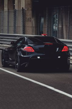 Mercedes-Benz SLR McLaren Mansory Renovatio