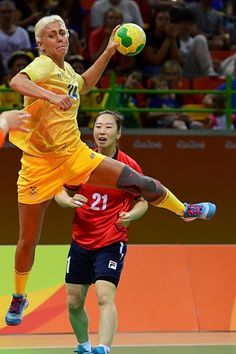 Sweden's right wing Nathalile Hagman shoots during the women's preliminaries Group B handball match South Korea vs Sweden for the Rio 2016…