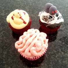 Blood Spatter, Brains and Spiderweb Red Velvet Cupcakes. All filled with home-made strawberry jam for a gooey surprise! Red Velvet Cupcakes, Strawberry Jam, Halloween Treats, Blood, Homemade, Baking, Strawberry Jelly, Bread Making, Home Made