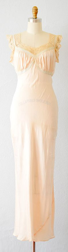 vintage 1930s gown | 30s night gown #1930s #30sgown #vintage