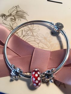 Authentic Pandora beauty and the beast bangle bracelet Disney portrait chimes gift set authentic Pandora beauty and the beast bracelet new 2017 Disney collection Mickey and Minnie portrait charms Disney Marino bead   https://nemb.ly/p/SJ5fERX1Z Happily published via Nembol