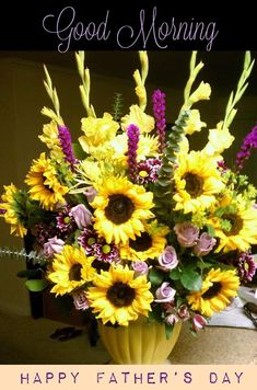 This a split complementary arrangement the yellow , green and purple flowers Altar Flowers, Church Flowers, Funeral Flowers, Fall Flowers, Summer Flowers, Wedding Flowers, Purple Flowers, Summer Flower Arrangements, Beautiful Flower Arrangements