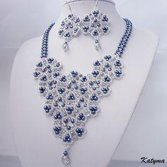Krajková modrá krása 2