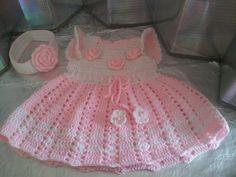 vestido tejido para bebes