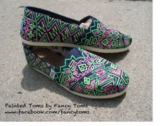 Handpainted Custom TOMS Shoes Southwestern Design in by FancyToms from FancyToms on Etsy. Saved to Custom TOMS. Cheap Toms Shoes, Toms Shoes Outlet, On Shoes, Shoes Style, Hand Painted Shoes, Painted Toms, Shoe Art, Street Style Women, Street Styles