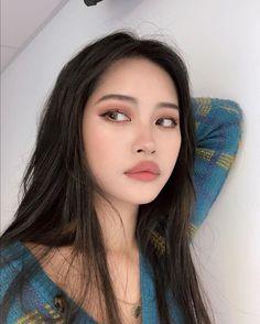 Natural makeup also requires some makeup skills. Take a look at our best natural makeup looks pictures. Hope to give you inspirational ideas. Korean Natural Makeup, Asian Eye Makeup, Natural Makeup Looks, Simple Makeup, Natural Beauty, Makeup Inspo, Beauty Makeup, Makeup Inspiration, Vogue Makeup