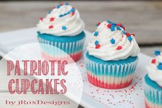 4th of July Cupcakes + Free Printable!
