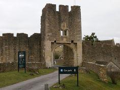 Farleigh Hungerford Castle Somerset England, via Flickr.