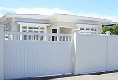 Aluminum Driveway Gates, Aluminium Gates, Front Yard Fence, Front Gates, Driveway Entrance, Entrance Gates, Driveway Design, Fence Design, Electric Sliding Gates