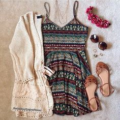 Image via We Heart It https://weheartit.com/entry/175148475/via/23712469 #cute #fashion #hipster #outfit #vintage