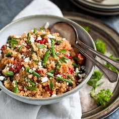 QUINOA WITH SWEET TOMATOES, GREEN BEANS + BASIL