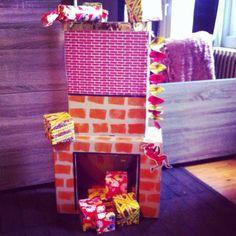 Schoorsteen met pakjes Sinterklaas