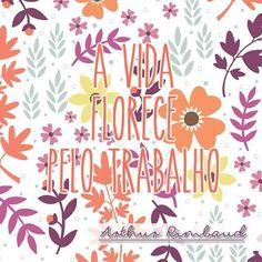 Força, Foco e Fé. Três palavras-chave para reger a vida.  Vamos com tudo para mais uma semana! 💪☺🙏 #bomdia #umaótimasegunda #asemanacomeçou #vamoquevamo #força #fico #fé #trabalho #arthurrimbaud