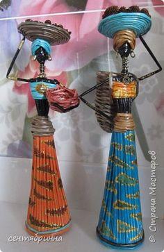 Картина панно рисунок Поделка изделие Плетение Рисование и живопись Яркие плетенки - африканки и картина Краска Трубочки бумажные фото 1