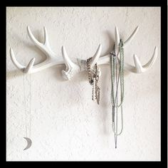 WHITE or CHOOSE Faux Deer Antler Decor // Hook // Jewelry Holder // Wall Antlers // Cabin Decor // Wedding // Faux Taxidermy // Mug Holder