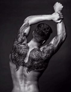 50 Upper Back Tattoos for Men - Masculine Ink Design Ideas - tattoosideen. 50 Upper Back Tattoos for Men - Masculine Ink Design Ideas - tattoosideen. Wing Tattoo Men, Wing Tattoos On Back, Cool Back Tattoos, Tattoo Son, Upper Back Tattoos, Wing Tattoo Designs, Cool Tattoos For Guys, Badass Tattoos, Trendy Tattoos