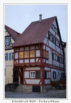 Schwäbisch Hall - Fachwerkhaus in der Abenddämmerung
