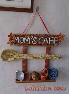 Newspaper weaving art for kitchen - Simple Craft Ideas - Newspaper Crafts Diy Crafts For Home Decor, Diy Crafts Hacks, Diy Crafts For Gifts, Diy Arts And Crafts, Creative Crafts, Art N Craft, Craft Stick Crafts, Craft Ideas, Clay Wall Art