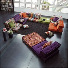 Get floor cushions ideas and inspiration for your home at different places. Gallery of Floor cushions, floor cushion seating, floor seating ideas living room and floor seating cushions ikea. Living Room Interior, Interior Design Living Room, Living Room Furniture, Living Room Designs, Furniture Sets, Wicker Furniture, Living Rooms, Modular Furniture, Playroom Furniture