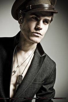 Paul Wesley. Can we talk about how he speaks fluent Polish? FLUENT POLISH!!!! I wont have this.