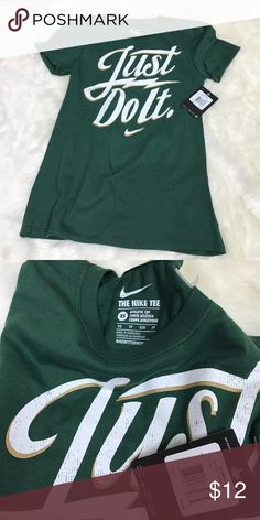 Women's Nike Athletic Cut Tee Please feel free to ask any questions, bundle, or make an offer. Women's Nike athletic cut tee in green. Size XS. New with tags. Nike Tops Tees - Short Sleeve