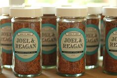homemade spices are an awesome wedding favour. Easy Edible DIY Wedding Favour Ideas