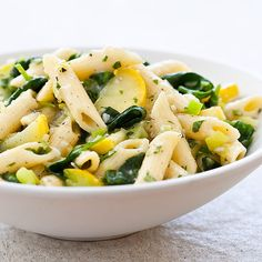We try to incorporate all the flavors of your local produce stand into one pasta dish. Our Farmer's Market Pasta with Leeks, Spinach, and Summer Squash does just that. Veggie Recipes, Pasta Recipes, Vegetarian Recipes, Dinner Recipes, Healthy Recipes, Pasta Plus, Cooks Country Recipes, Summer Squash Recipes, Summer Dishes