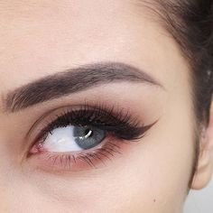 Подводка-маркер для глаз 👁️ Fashion Women's Lady's Liquid Eyeliner Pen Waterproof Makeup Cosmetic Soft Eye Liner Liquid Pencil Eyeliner Make Up Holiday Makeup Goals, Love Makeup, Makeup Inspo, Makeup Inspiration, Makeup Tips, Makeup Style, Beauty Make-up, Beauty Hacks, Hair Beauty