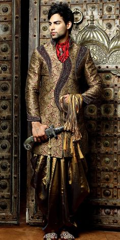 Bridegroom Indo Western Sherwani  Item code : SIJ6056   http://www.bharatplaza.in/mens-wear/bridegroom-indo-western-sherwani-sij6056.html  https://twitter.com/bharatplaza_in  https://www.facebook.com/bharatplazaindianbridal