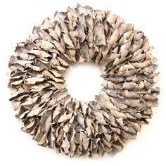 Krans Palmflower | white wash - vanNatuurlijk Kransen gemaakt van een natuurlijke materialen. woonaccessoires of muurdecoratie. Bezoek onze website voor meer Woonkamer inspiratie  en Interieur ideeën