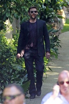 Hugh Jackman Photo - Hugh Jackman and Deborra-Lee Furness Out with the Family