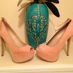 Peep-Toe pumps Blush Peep-Toe pumps. Never worn really cute!! Shoes Heels