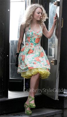 Seen on Celebrity Style Guide: Fall Fashion Preview: AnnaSophia Robb, as Carrie Bradshaw, wore this floral bustier on the Set of The Carrie Diaries Season 2 July 25th, 2013