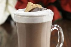 Sipping a mocktail version of this campground favorite will give guests the feeling of sitting around a cozy campfire. Enjoy a S'more beverage with your kids on Christmas eve. Christmas Jello Shots, Christmas Drinks, Christmas Eve, Christmas Ideas, Holiday Drinks, Christmas Morning, Summer Drinks, Fun Drinks, Liquor Drinks