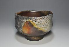 Bizen style tea bowl. 備前焼「抹茶茶碗」写真4. The oldest of Japan's ceramic techniques.