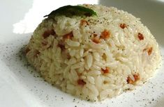 In Turkey, there is a saying; if she cooks good pilaf, then she can cook any dish. As you see from this quote, pilaf is that important dish for Turkish cuisine. Turkish Restaurant, Cooking Recipes, Healthy Recipes, Healthy Food, Turkish Delight, Turkish Recipes, Side Dishes Easy, Gluten, Turkish Style