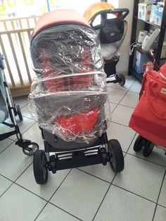 Passeggino Peg Perego AW4, completo di accessori.Si trasforma in comoda navicella.€ 45
