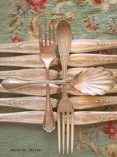 Lovin' me some antique silverware